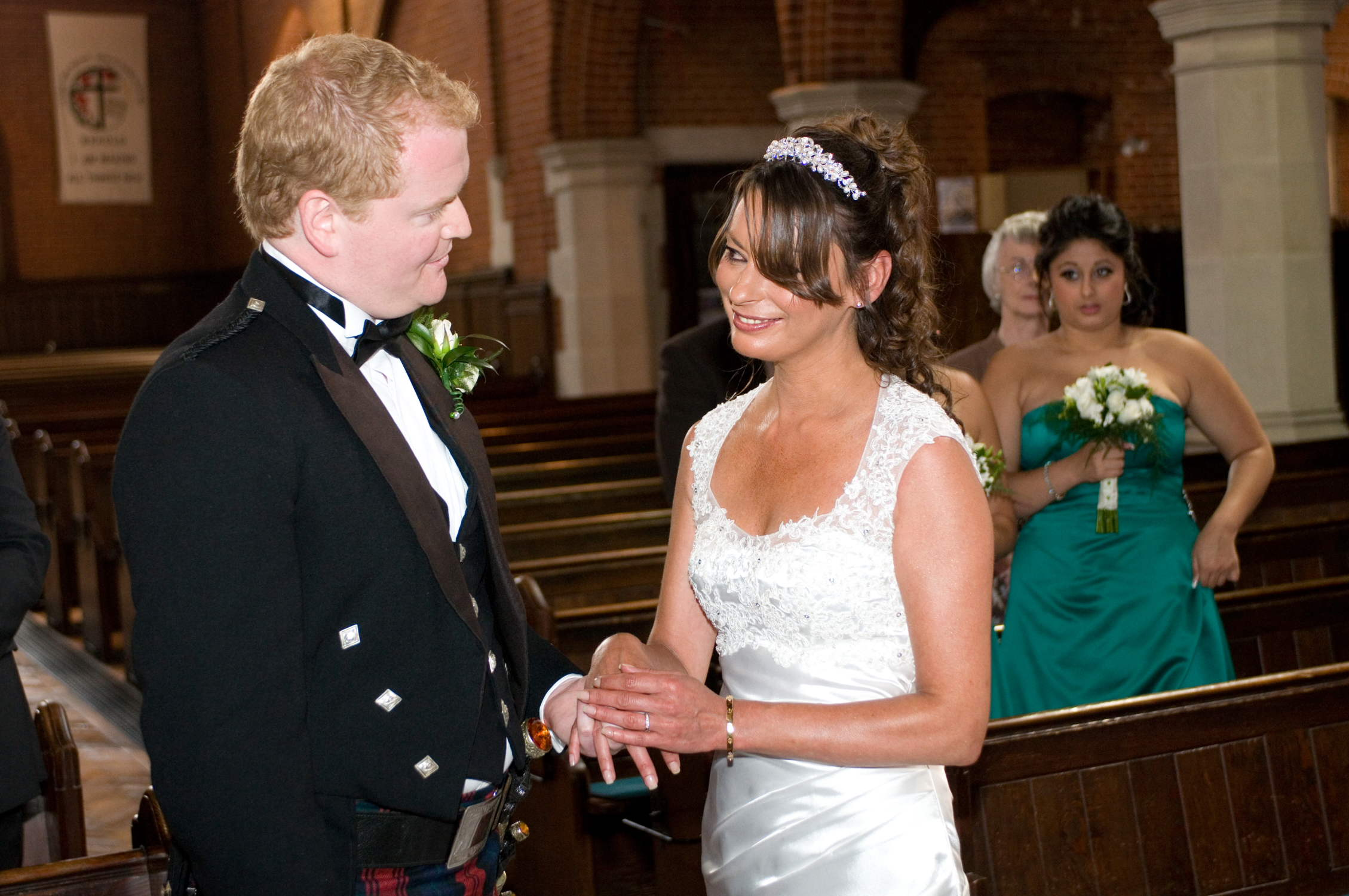 Birmingham wedding photographers with cheap register office photography packages